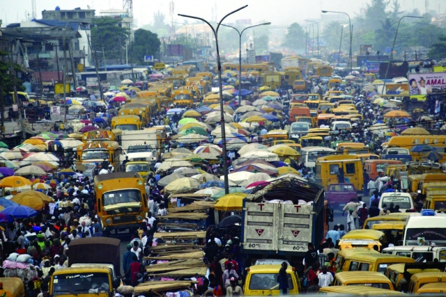 ¿Le molestan los atascos de su ciudad? Vaya a Lagos y enterese que es eso de estar atrapado en un auto