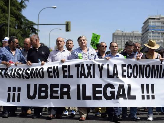 Los taxistas en pie de guerra contra Uber